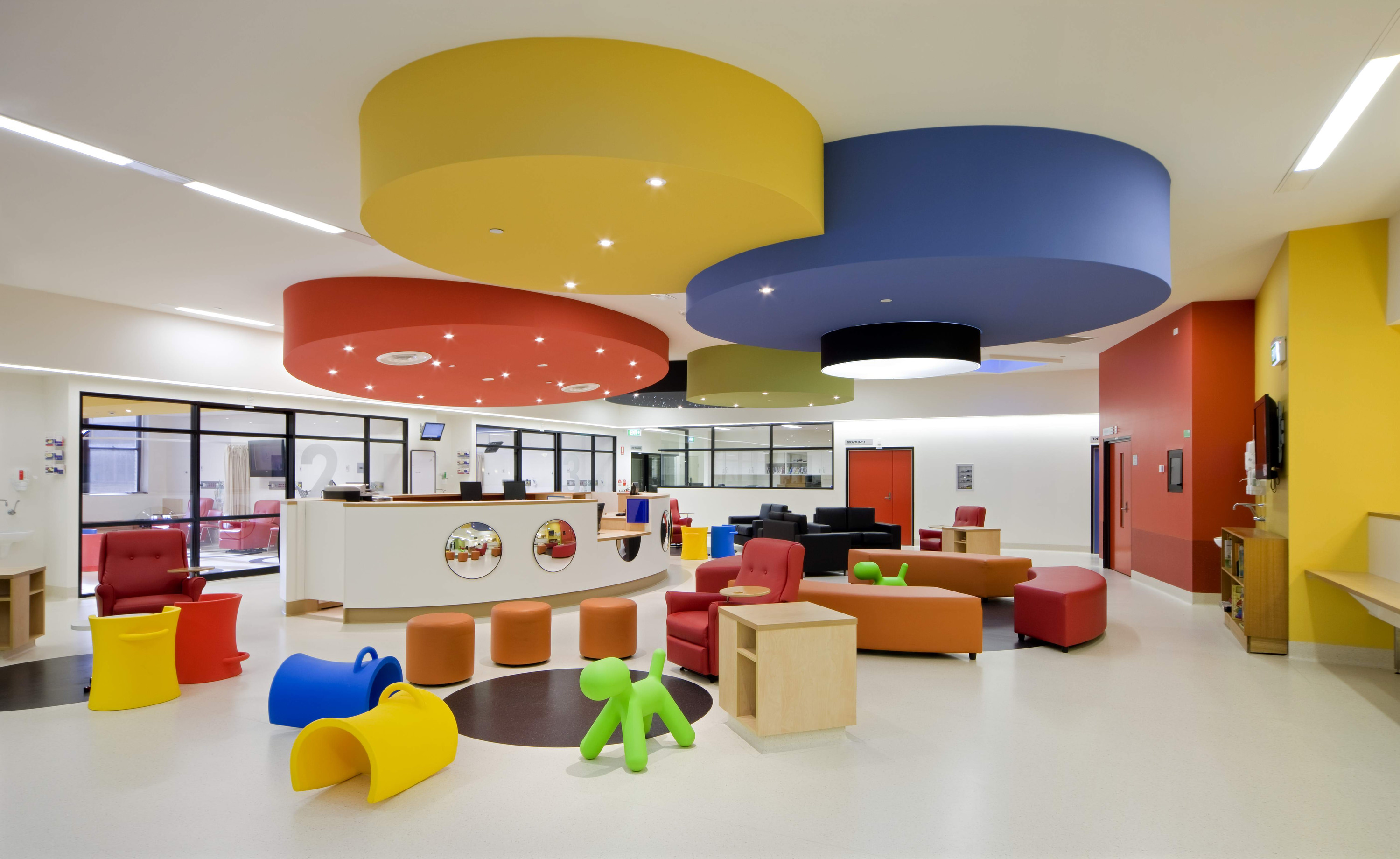The royal children s hospital let medicine fade into the for Interior designs kids