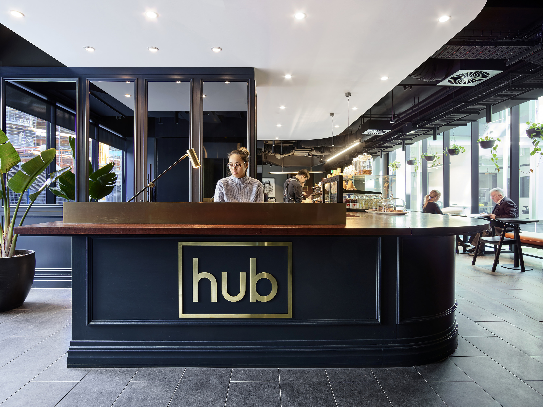 Hub Custom House